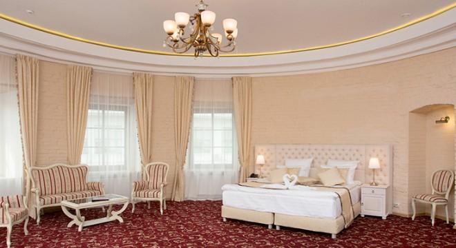 Специальное предложение от отеля «Маросейка 2/15» и компании «Мальдивиана»